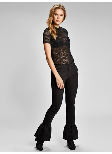 Vekem-Limited Edition Paçası Fırfırlı Pantolon Siyah
